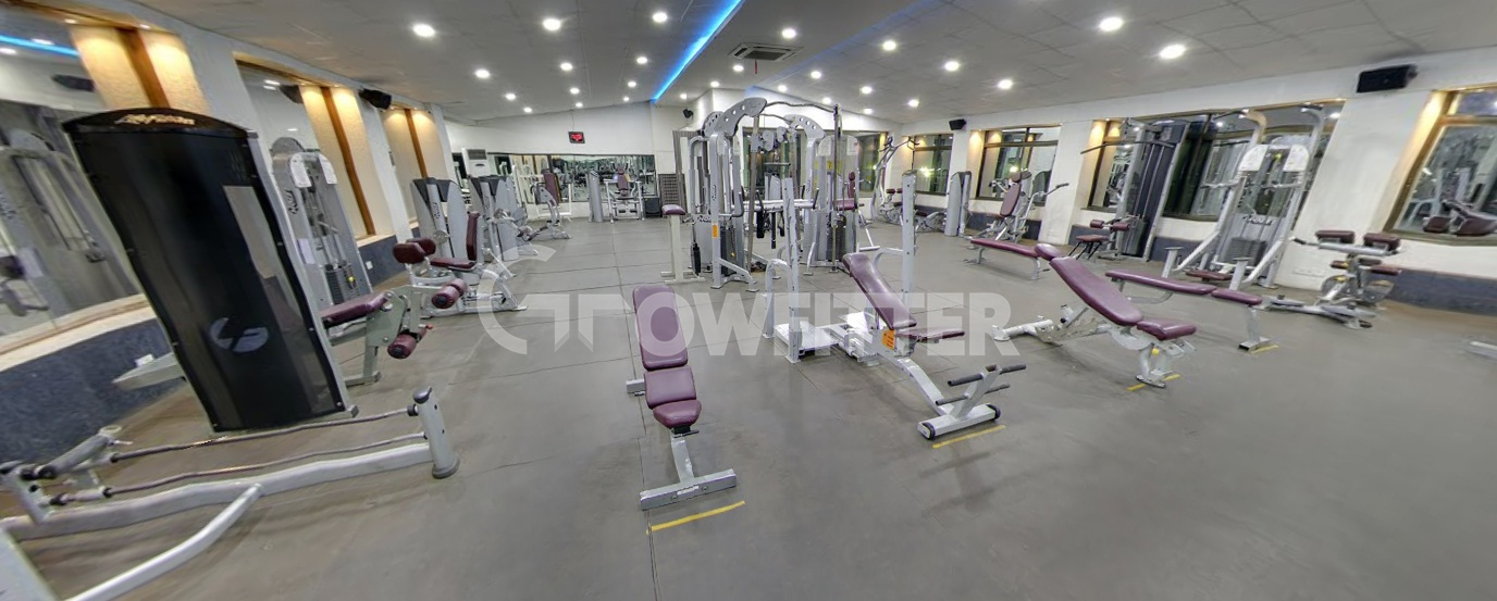 Solaris kothrud pune gym membership fees timings