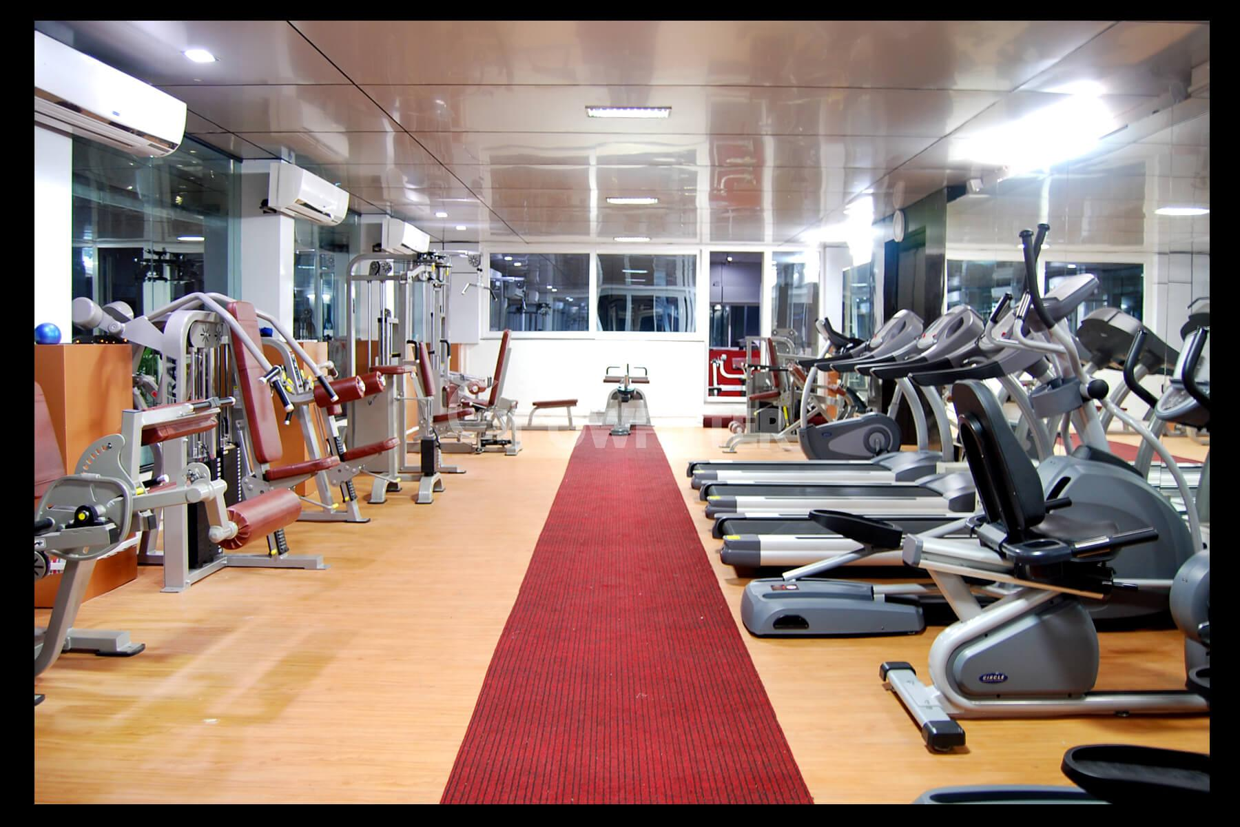 Physc gym bhosari pune membership fees timings