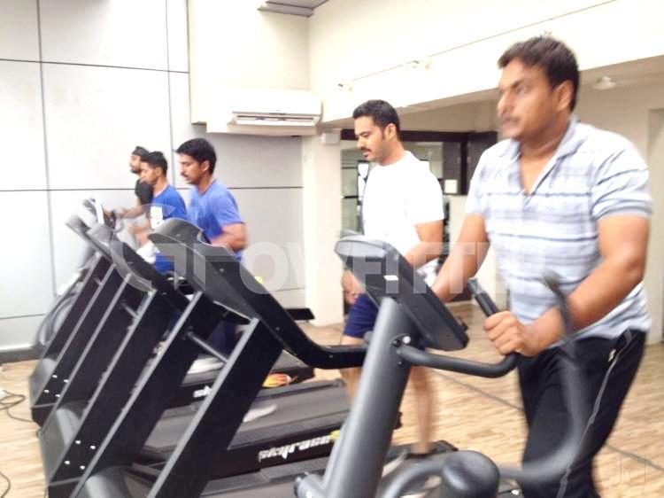 Universal fitness club wagholi pune gym membership